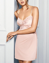 Lace Affair Chemise in Rose Dust/Angel Wing