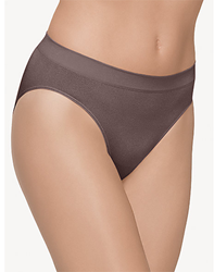 B-Smooth Seamless Hi-Cut Brief in Cappuccino