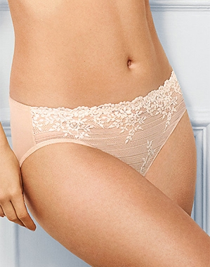 Embrace Lace Hi-Cut Brief in Sand/Ivory